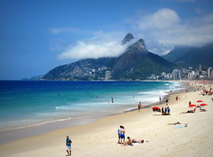 #BeachScene #RiodeJaneiro , #Brazil (Σταύρος) Tags: city summer brazil vacation mountain holiday blur green praia beach latinamerica southamerica rio fog brasil riodejaneiro strand sand aqua surf cidademaravilhosa playa brasilien palmtrees plage rtw spiaggia brasile vacanze brésil roundtheworld sudamerica beachscene plamtree américadosul américalatina globetrotter southernhemisphere traeth ビーチ brazilië zonasul amériquelatine 16days 海灘 américadelsur пляж südamerika ブラジル παραλία worldtraveler catumbi 南美洲 бразилия americadelsud 里約熱內盧 marvelouscity riverofjanuary ประเทศบราซิล βραζιλία リオデジャネイロ themarvelouscity ρίοιανέιρο