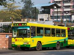 改装巴士/The Modified Bus (KAMEERU) Tags: