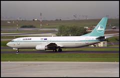 LX-LGG - Paris Charles de Gaulle (CDG) 15.05.1999 (Jakob_DK) Tags: lfpg lxlgg luxair boeing boeing737 737 b737 737400 lgl b734 b737400 boeing737400 cdg parischarlesdegaulle aéroportparischarlesdegaulle roissycharlesdegaulle roissy 1999