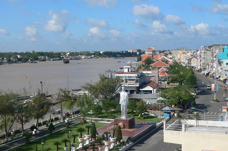 Bến-Ninh-kiều-cover