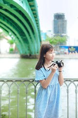 HN1 (Nhp xinh trai siu cp !) Tags: girl vietnam bridge blue bridgeblue clear cearcolor clearcolor flowers canont50 t50 camera green grass outlit day today smile saigon street