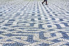 Restauradores (Alessio Trerotoli) Tags: life street city people urban geometric portugal photography photo lisboa lisbon citylife sidewalk calada restauradores