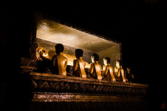 Bonne nuit Bouddha (Ye-Zu) Tags: voyage trip temple shrine thalande bouddha cave grotte thailande phangnga worldtour tourdumonde bouddism changwatphangnga tambontakdat