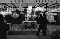 selling crystal chandeliers, vienna, 1987 (franzj) Tags: hp5 ilford tradefair kristallluster