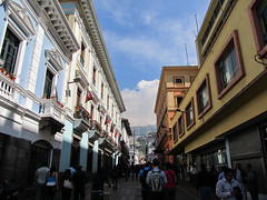 "Quito <a style=""margin-left:10px; font-size:0.8em;"" href=""http://www.flickr.com/photos/127723101@N04/26834794873/"" target=""_blank"">@flickr</a>"