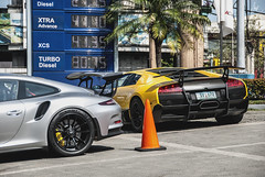 GT3 RS x LP670-SV (Justin Young Photography) Tags: cars philippines 911 porsche manila lamborghini murcielago 991 gt3rs lp670sv