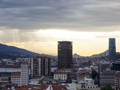 Bilbao (rodrifuji) Tags: city sunset buildings edificios cloudy ciudad bilbao nublado bizkaia cloudscape vizcaya