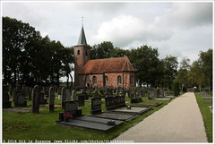 Kerk van Marum (Dit is Suzanne) Tags: autumn church netherlands walk herfst nederland kerk wandeling    groningenprovince provinciegroningen img4089  canoneos40d  sigma18250mm13563hsm 14092014 ditissuzanne wandelroutewittenonnenpad wittenonnenpad kerkvanmarum