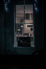window watching (Edo Zollo) Tags: london lowlight streetphotography londonatnight londonafterdark londonstreetphotography inthedarkofnight londonpastbedtime