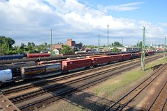 2016_Ferencvros_2103 (emzepe) Tags: railroad station yard train tren hungary budapest eisenbahn railway zug bahnhof bahn railyard ungarn classification 2016 hongrie nyr jnius vonat plyaudvar vast ferencvros ferencvrosi lloms vastlloms