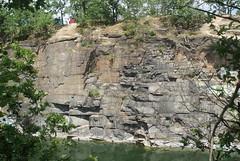 Chwakw granite quarries (nesihonsu) Tags: rocks poland polska granite geology quarry geologia kamienioom lowersilesia dolnolskie dolnylsk chwakw geotourism masywly przyrodapolska przedgrzesudeckie geologiapolski geoturystyka