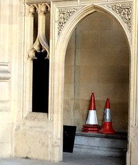 (JudyGr) Tags: london warning neogothic guesswherelondon londonguessed alcove cones gwl guessedbysimonwhite img4567crop