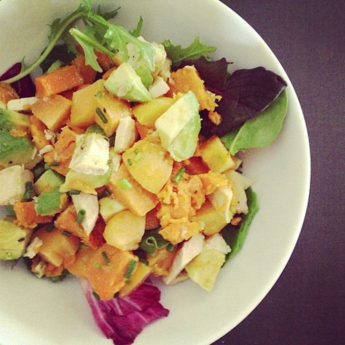 avocado, sweet potato, chicken, apricot, lettuce, and chives #whole30 #day23