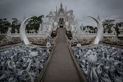 Chiang Rai (Alban Mirabaud) Tags: travel canon lens mark iii l 5d mirabaud 5d3 5diii albanmirabaud afmtravelphoto travelthinkdifferent