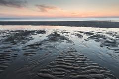 Sonnenuntergang am Strand (andreas.zachmann) Tags: strand deutschland abend sand meer wasser sonnenuntergang sommer himmel wolken landschaft nordsee spiegelung deu schleswigholstein ebbe wenningstedt