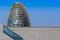 La Torre Agbar Barcelone (chilirv) Tags: barcelona tower architecture tour bcn espana catalunya torreagbar barcelone nouvel agbar architectura architecte jeannouvel catalogne