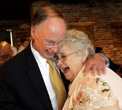 08-08-13 Governor Bentley stops in Cullman County as Part of Road to Economic Recovery Tour