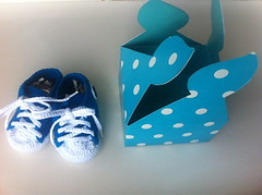 All Stars azules (ZaraZarita) Tags: baby box caja beb gift converse regalo booties babyshower allstars patucos