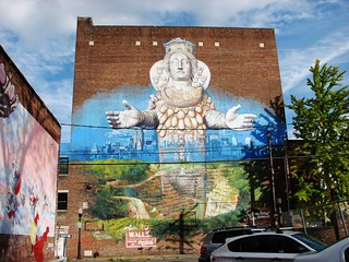 GIANT MURAL ON CROWN STREET IN 2013