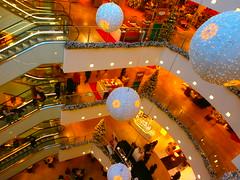 26.11.2013 027 (PercyGermany) Tags: christmas shopping weihnachten christmastime weihnachtsshopping weihnachtseinkauf percygermany 26112013 weihnachtsshoppen