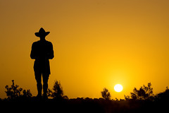 ANZAC Digger (Kokkai Ng) Tags: sunset silhouette soldier australian digger anzac