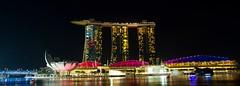 Singapore (Sandra & Dean K.) Tags: city pool night marina canon eos bay singapore asia asien infinity 7d sands singapur grosstadt
