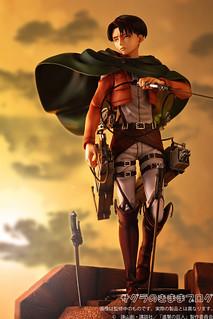 PULCHRA - 進擊的巨人 1/7 比例 人類最強士兵:里維