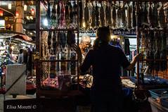 L'importante e' dormire (Elisa Moretti) Tags: street city chiangmai luci mercato thailandia dormire citta bancarella lavoro bambina streetphotograhy bracciali vendere thechallengefactory elisamoretti