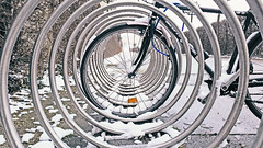 vienna wien street schnee winter snow bicycle wheel... (Photo: CoolMcFlash on Flickr)