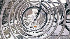 vienna wien street schnee winter snow bicycle wheel... (Photo: CoolMcFlash on Flickr)