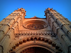 Evening light (PeterCH51) Tags: light sunset church facade islands evening spain cathedral front mallorca palma façade majorca baleares iphone balearicislands balearic peterch51