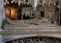 Tewkesbury, Gloucestershire, abbey church, Wakeman cenotaph, detail (groenling) Tags: uk greatbritain england monument abbey stone britain tomb stonecarving carving gloucestershire gb corpse effigy cadaver tewkesbury abbeychurch wakemancenotaph