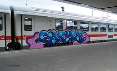 Graffiti (Honig&Teer) Tags: railroad streetart train germany graffiti ic hannover db urbanart vandalism deutschebahn railways treno bombing aerosolart spraycanart traingraffiti trainart railroadgraffiti honigteer eisenbahngraffiti