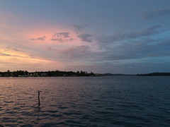 "Bocas del Toro: coucher de soleil <a style=""margin-left:10px; font-size:0.8em;"" href=""http://www.flickr.com/photos/127723101@N04/26726260744/"" target=""_blank"">@flickr</a>"