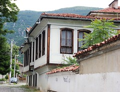 Karlovo (Mysterious unknown) Tags: bulgaria bulgarie karlovo