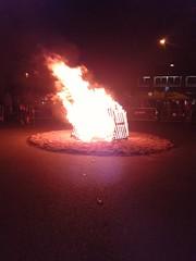 Foguera de la revetlla de Sant Joan - Sagrada Famlia 2016 (bcnbelu84) Tags: verbena sagradafamlia santjoan foc revetlla foguera verbenadesanjuan revetlladesantjoan fogueradesantjoan revetlla2016 santjoan2016