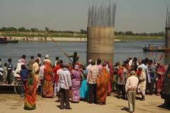 "Devotees waiting for boat ride, at ""Chir Ghat"", Vrindavan, Mathura (ilovethirdplanet) Tags: india river waterfront crowd mathura ind uttarpradesh"