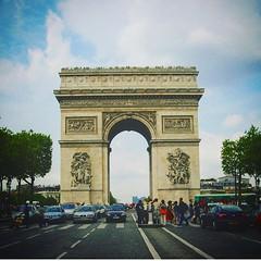 #Francia #Paris #Eurocopa #eurocopa2016 #haveaniceday #picoftheday #photography #photoofday #traveling #travelphotography #traveltheworld #aroundtheworld #travelandlife #parisienne #parisianstyle #architecture #parisianstyle #parislove #parislife (Cevex Madrid) Tags: paris architecture photography traveling francia picoftheday aroundtheworld haveaniceday parisienne travelphotography traveltheworld eurocopa parisianstyle parislife parislove photoofday travelandlife eurocopa2016