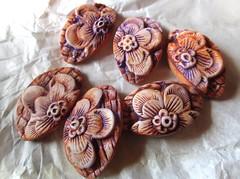 e-half_flower_lilac (Chris Pellow Designs) Tags: flowers scotland beads handmade jewellery polymerclay connectors
