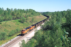 BNSF 5854 at Firth, NE (CentralILRailfan) Tags: santa railroad morning sun burlington train nebraska bright hill railway trains grade ne lincoln fe coal northern ge bnsf loaded firth emd es44dc gevo sd70 sd70ace es44ac es44c4