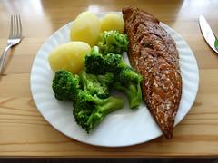 Food (petrusko.rm) Tags: food fish dinner sony eat hx20