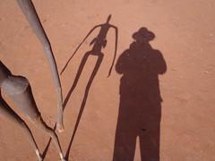 Connecting with the shadow (cmeg2012) Tags: shadow sculpture reflection 4x4 australia wa outback australien schatten sculptures westernaustralia centralaustralia indigenousart waterstation lakeballard metalfigures