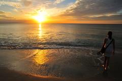 Sanibel Sunset (dharyant) Tags: sunset sun beach island nikon florida 24mm nikkor sanibel captiva d700