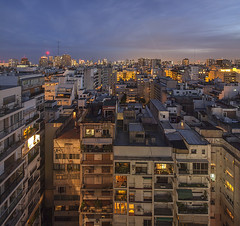 Buenos Aires (david.bank (www.david-bank.com)) Tags: city urban southamerica argentina canon twilight buenosaires stitch dusk shift aerial housing bluehour tilt tse density 17mm davidbank