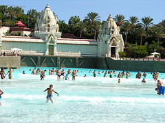 Siam Park (tenerife holidays) Tags: water swimming fun spain holidays waves swimmingpool tenerife familyfun excursions paddling vacations canaryislands themepark activities themeparks wavemachine familyactivities funinthewater siampark thaitheme