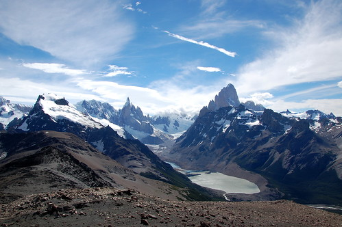 "Chalten - Fitz Roy i Cerro Tore Mirador del Pliegue Tumbado <a style=""margin-left:10px; font-size:0.8em;"" href=""http://www.flickr.com/photos/125852101@N02/16353179338/"" target=""_blank"">@flickr</a>"