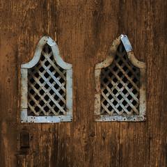 #471 (mr_doyoulike) Tags: windows grate minimal grill minimalism finestre rustywindows finestrearrugginite
