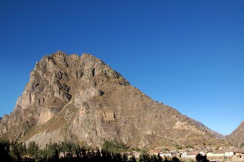 """Peru - Cusco - święa dolina Inków - spichlerze na zboczach <a style=""""margin-left:10px; font-size:0.8em;"""" href=""""http://www.flickr.com/photos/125852101@N02/16540219582/"""" target=""""_blank"""">@flickr</a>"""
