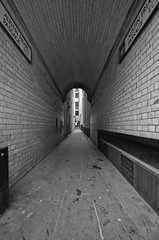 London 1l (Paul Waddell) Tags: street city white black london alley perspective