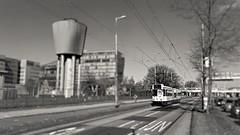 Zich op de kant zetten (Peter ( phonepics only) Eijkman) Tags: city holland netherlands amsterdam transport nederland tram rail bn rails trams strassenbahn noordholland gvb tramtracks streetcars nederlandse trapkar